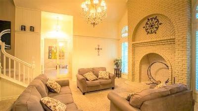 1006 Summit  Court, Burleson, Texas 76028 - acquisto real estate best real estate company in frisco texas real estate showings