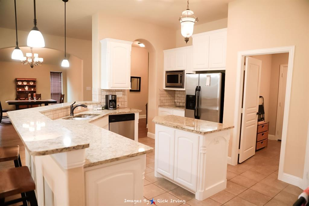5204 Agave  Way, Fort Worth, Texas 76126 - acquisto real estate best real estate company to work for