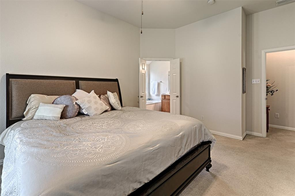 6433 Lakewood  Drive, Sachse, Texas 75048 - acquisto real estate best realtor dallas texas linda miller agent for cultural buyers