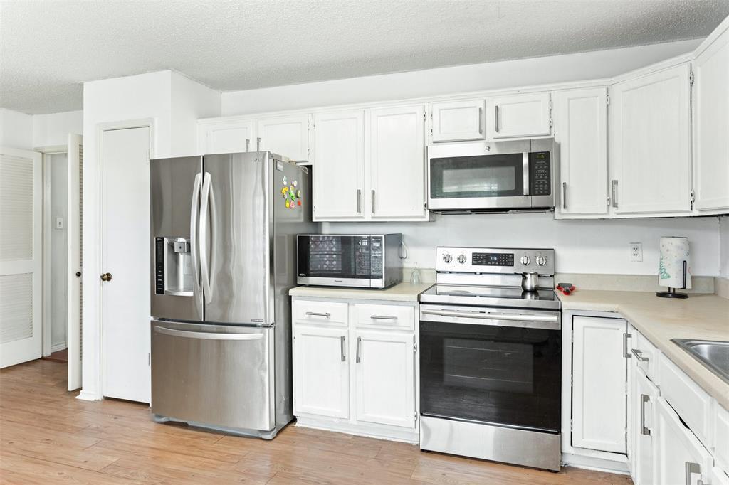 2120 Prairie Creek  Trail, Garland, Texas 75040 - acquisto real estate best listing listing agent in texas shana acquisto rich person realtor