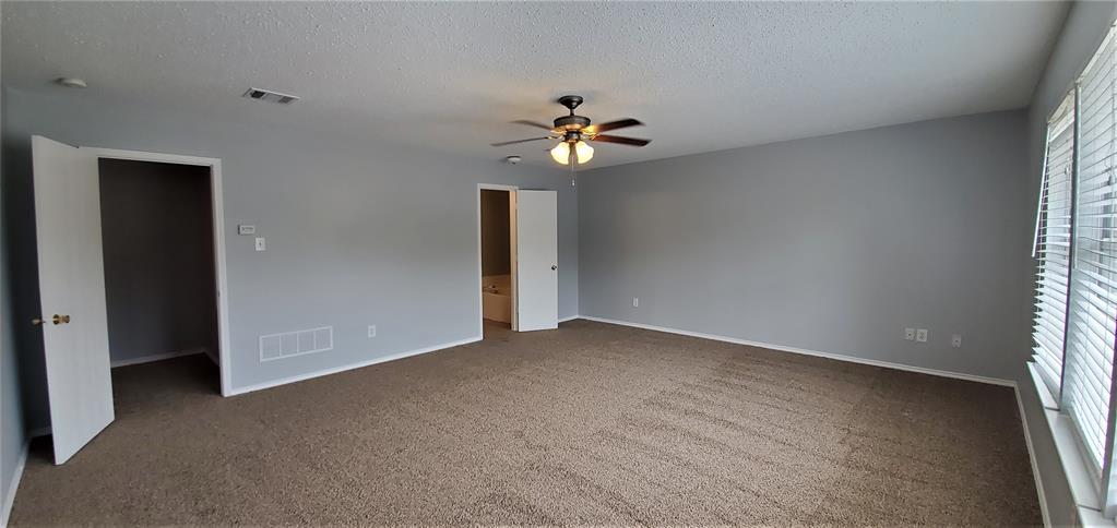 2324 Lookout  Lane, Denton, Texas 76207 - acquisto real estate best negotiating realtor linda miller declutter realtor