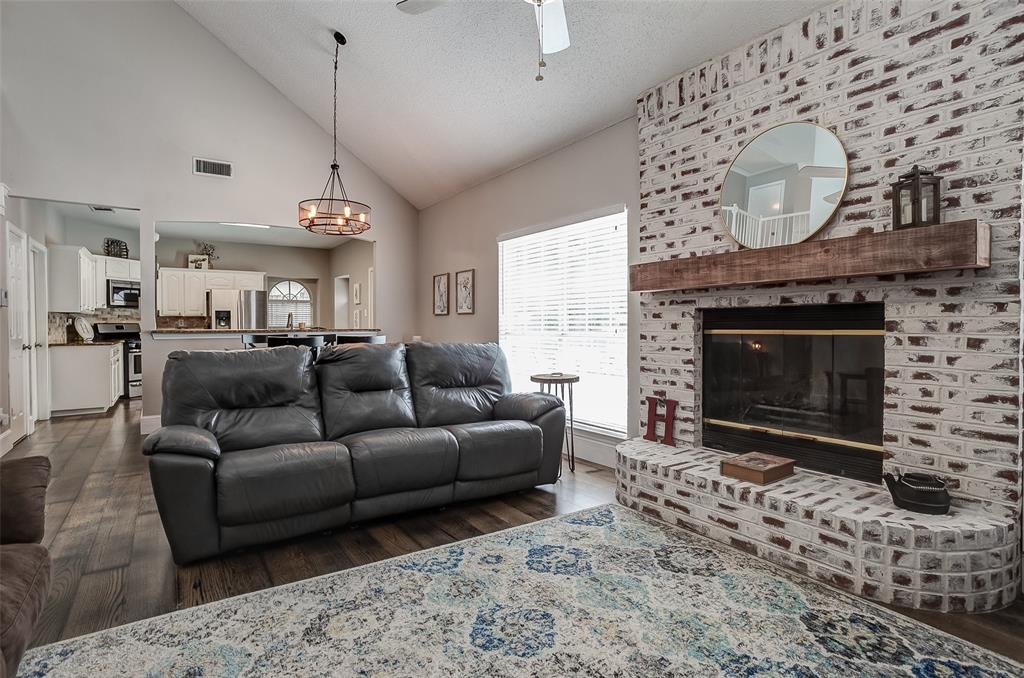 4737 Misty Ridge  Drive, Fort Worth, Texas 76137 - acquisto real estate best real estate company to work for