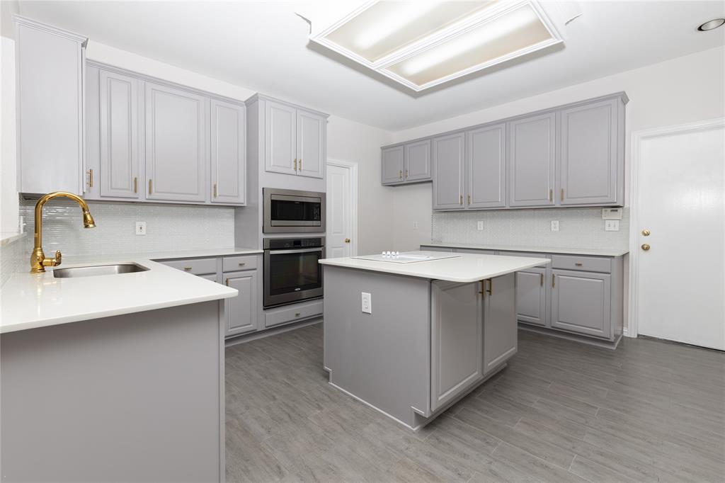 2633 CEDAR VIEW  Drive, Arlington, Texas 76006 - acquisto real estate best style realtor kim miller best real estate reviews dfw