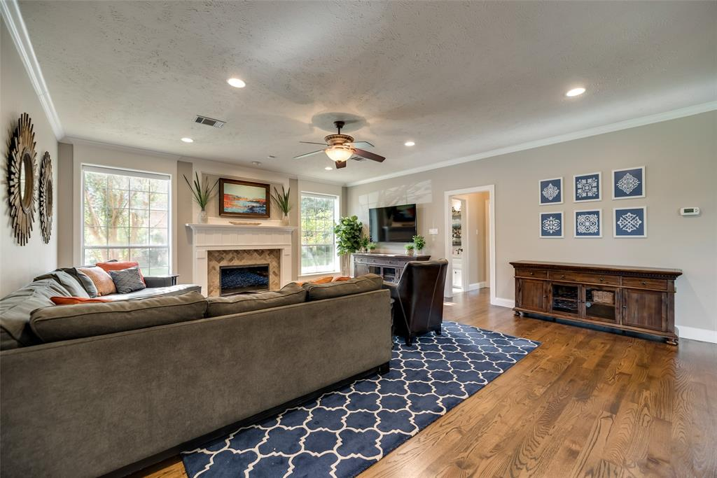 1209 Creekfield  Drive, Plano, Texas 75075 - acquisto real estate best new home sales realtor linda miller executor real estate