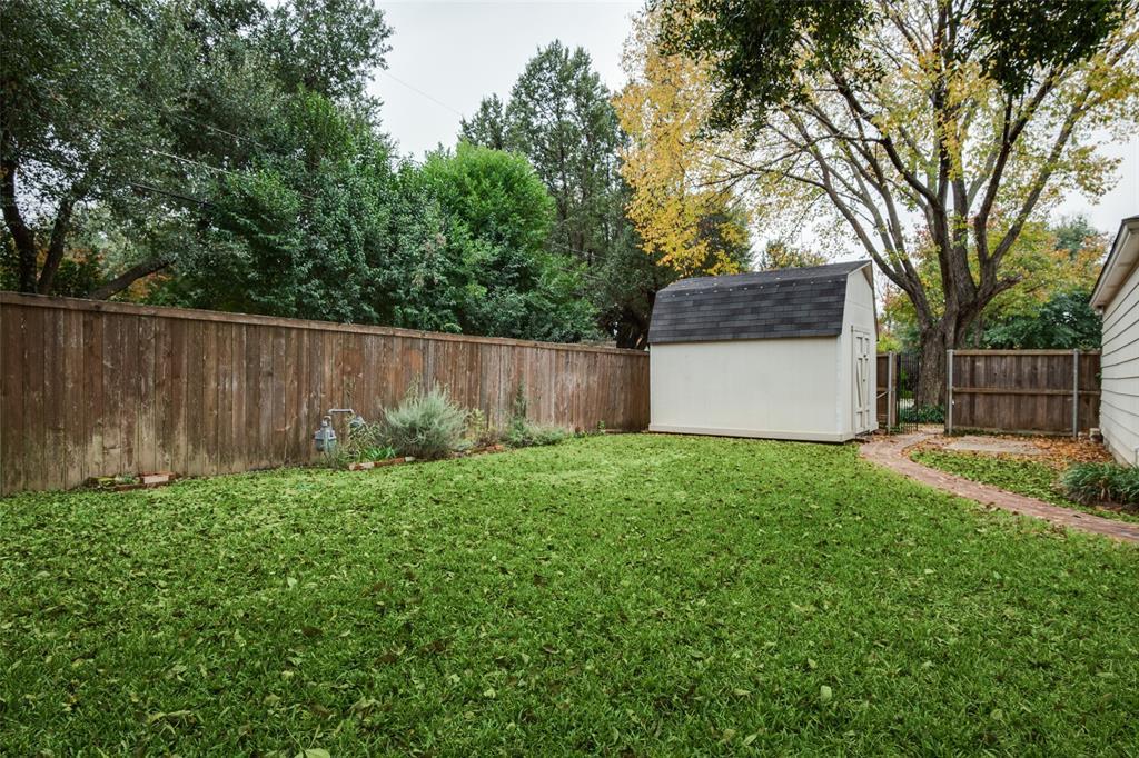 3902 Dunhaven  Road, Dallas, Texas 75220 - acquisto real estate best realtor foreclosure real estate mike shepeherd walnut grove realtor