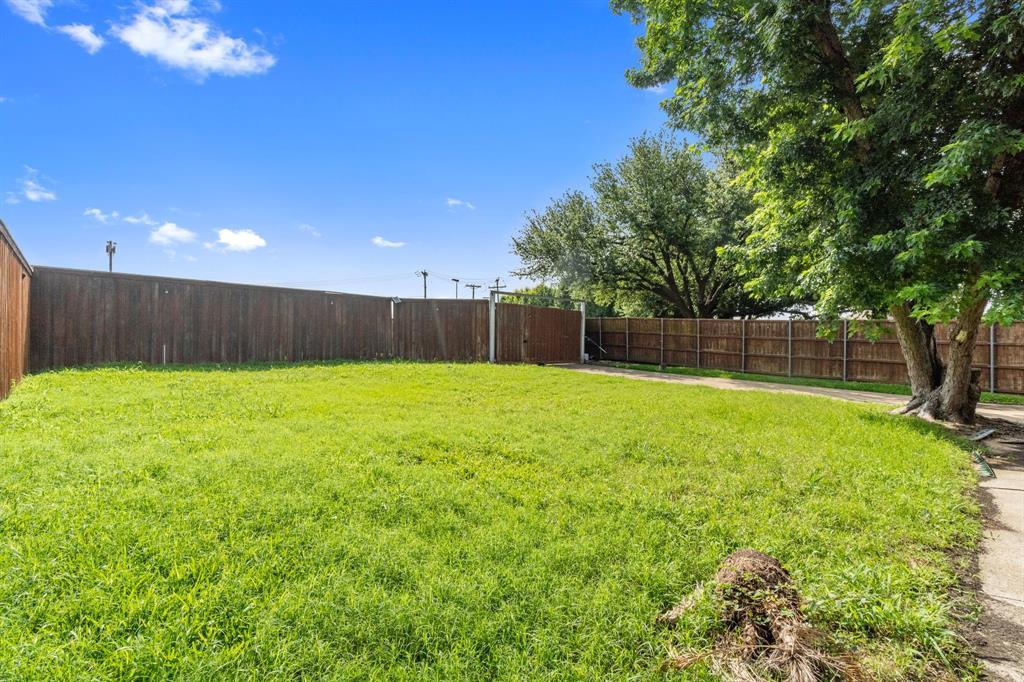 3200 Bandolino  Lane, Plano, Texas 75075 - acquisto real estate best realtor dallas texas linda miller agent for cultural buyers