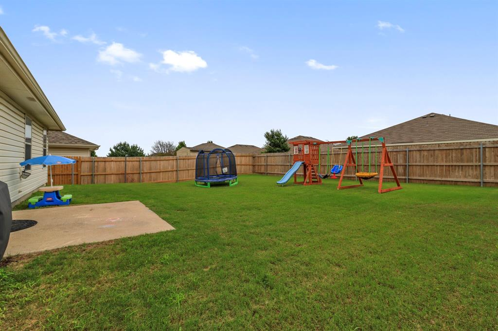 813 Rio Bravo  Drive, Fort Worth, Texas 76052 - acquisto real estaet best boutique real estate firm in texas for high net worth sellers