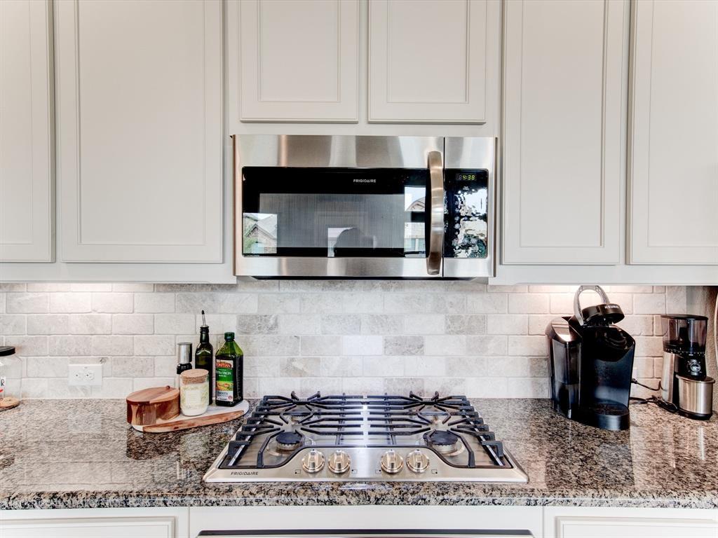 940 Parkside  Drive, Argyle, Texas 76226 - acquisto real estate best designer and realtor hannah ewing kind realtor