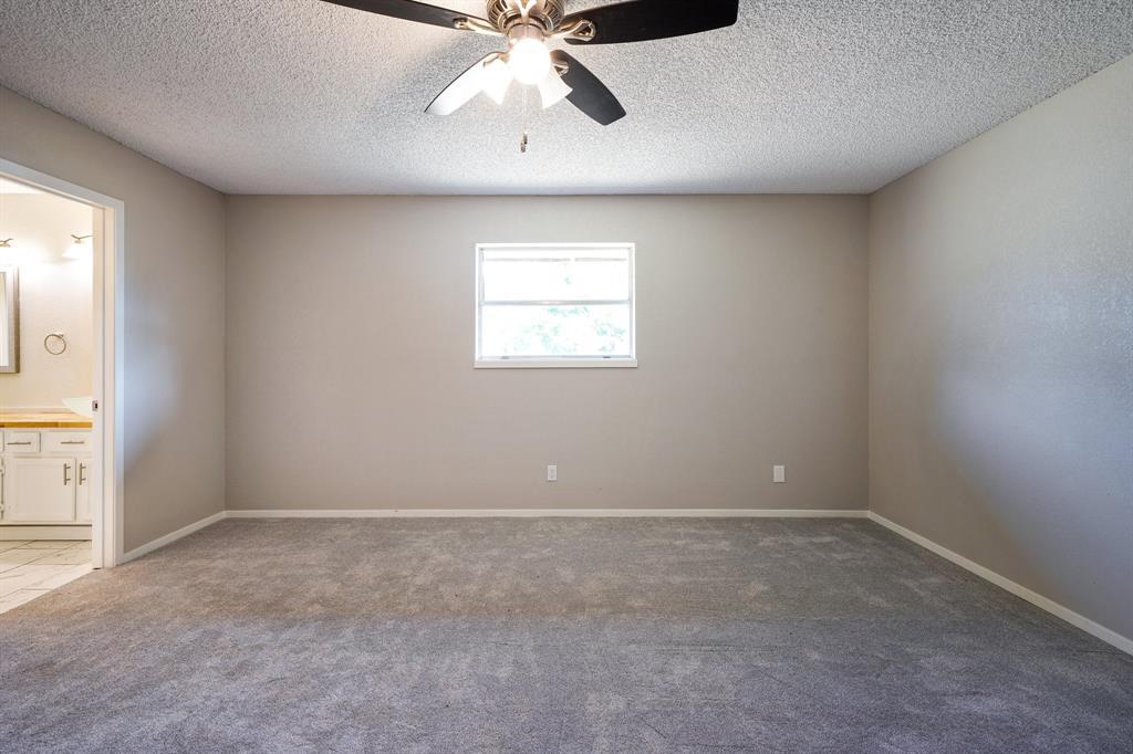 1512 Thomas  Lane, Graham, Texas 76450 - acquisto real estate best style realtor kim miller best real estate reviews dfw