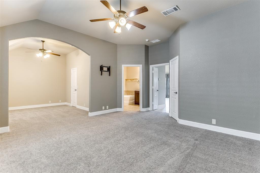 1000 Tarragon  Drive, Burleson, Texas 76028 - acquisto real estate best realtor westlake susan cancemi kind realtor of the year