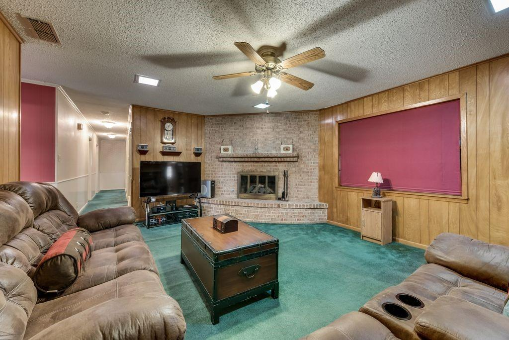 207 Hwy 75  Fairfield, Texas 75840 - acquisto real estate best investor home specialist mike shepherd relocation expert