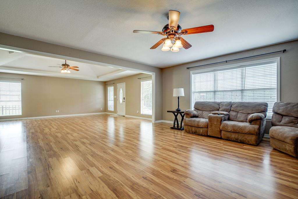 746 Elsberry  Avenue, Dallas, Texas 75217 - acquisto real estate best the colony realtor linda miller the bridges real estate
