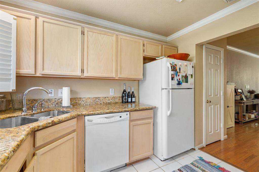 2902 State  Street, Dallas, Texas 75204 - acquisto real estate best real estate company to work for