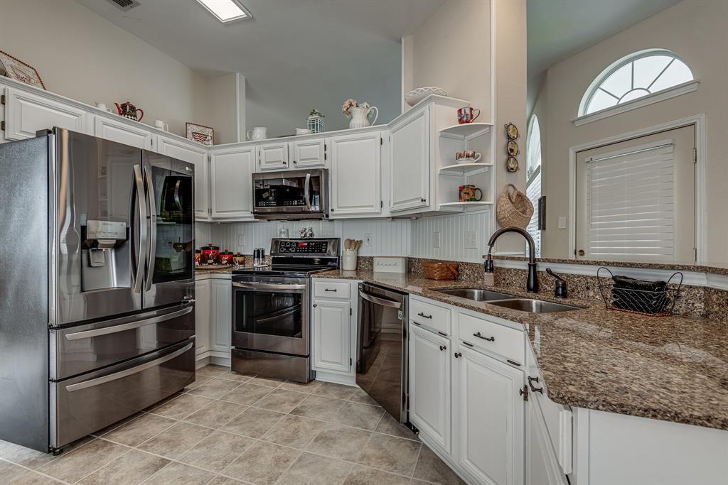 2205 Villanova  Street, Arlington, Texas 76018 - acquisto real estate best the colony realtor linda miller the bridges real estate