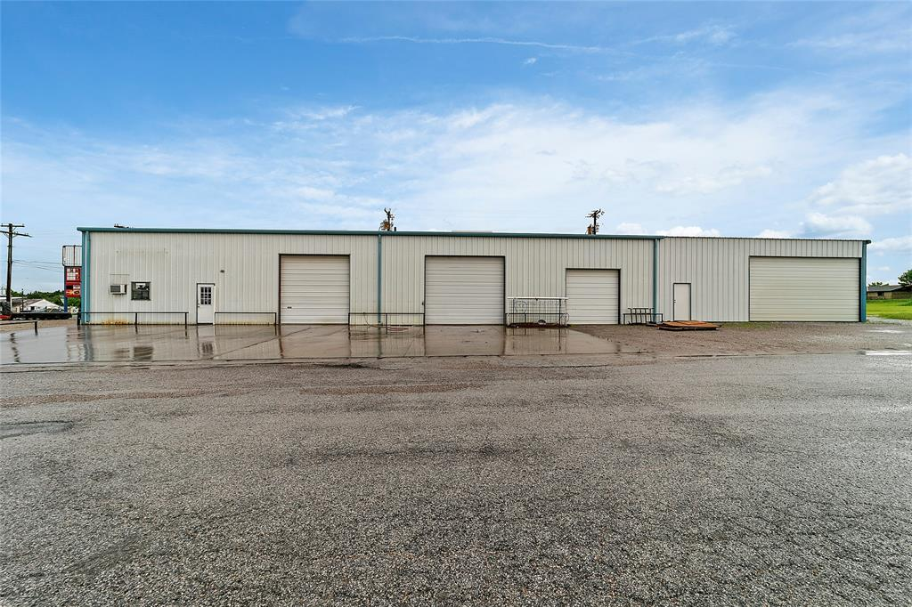 2405 Highway 82  Gainesville, Texas 76240 - Acquisto Real Estate best mckinney realtor hannah ewing stonebridge ranch expert
