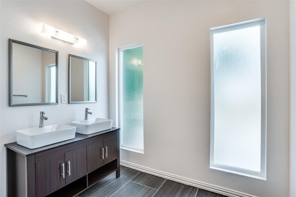 4018 Brundrette  Street, Dallas, Texas 75212 - acquisto real estate best style realtor kim miller best real estate reviews dfw