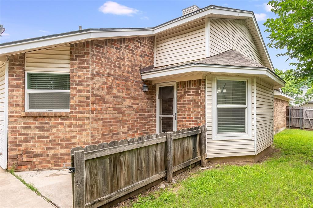 1025 Hills  Terrace, Saginaw, Texas 76179 - acquisto real estate best realtor westlake susan cancemi kind realtor of the year