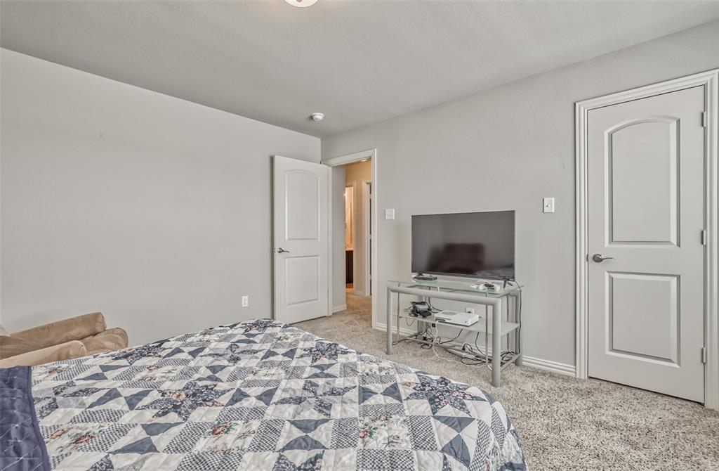 201 Brentwood  Drive, DeSoto, Texas 75115 - acquisto real estate best negotiating realtor linda miller declutter realtor