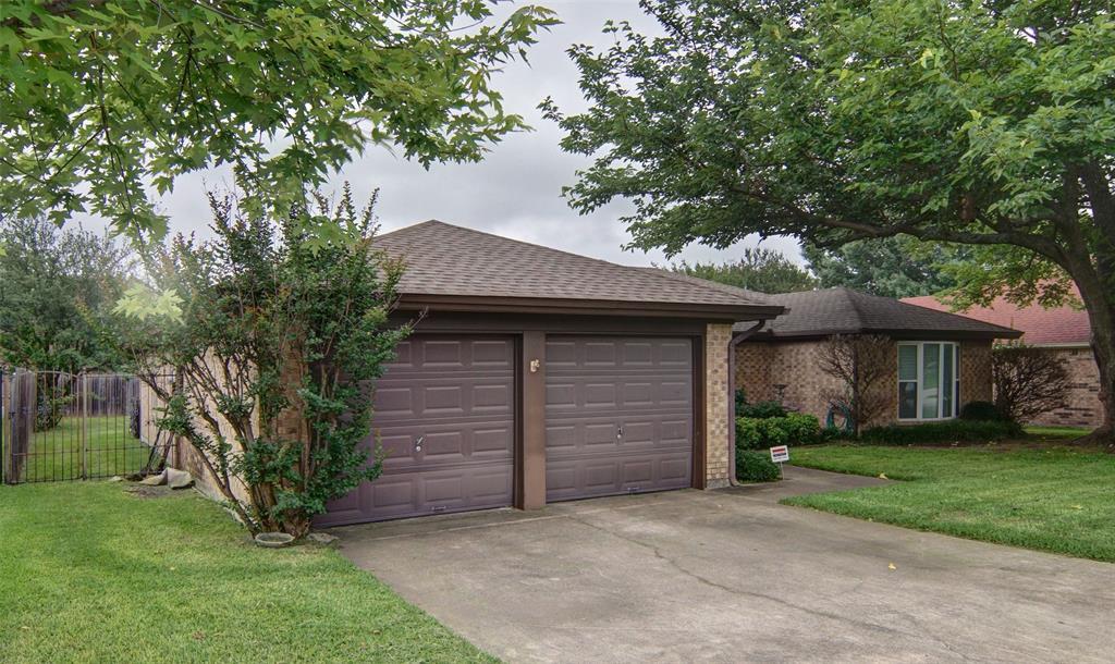 305 Flaxseed  Lane, Fort Worth, Texas 76108 - acquisto real estate best allen realtor kim miller hunters creek expert