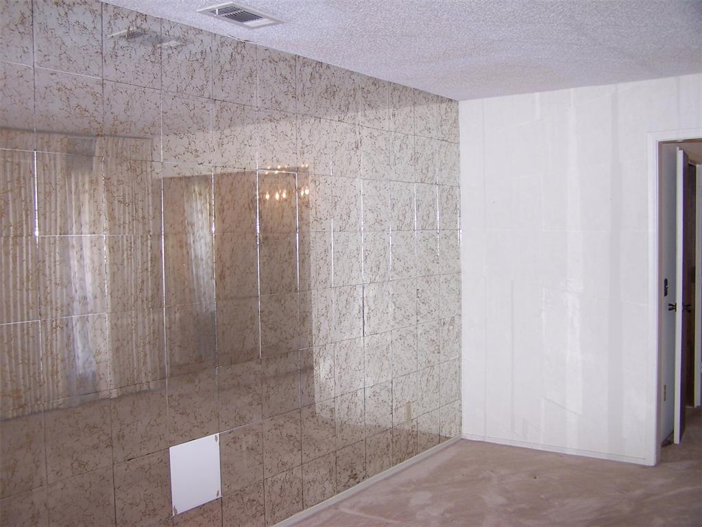 8258 Westrock  Drive, Dallas, Texas 75243 - acquisto real estate best designer and realtor hannah ewing kind realtor