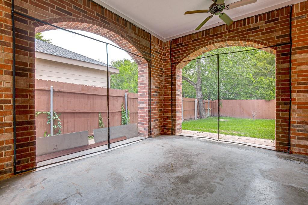 746 Elsberry  Avenue, Dallas, Texas 75217 - acquisto real estate best realtor dallas texas linda miller agent for cultural buyers
