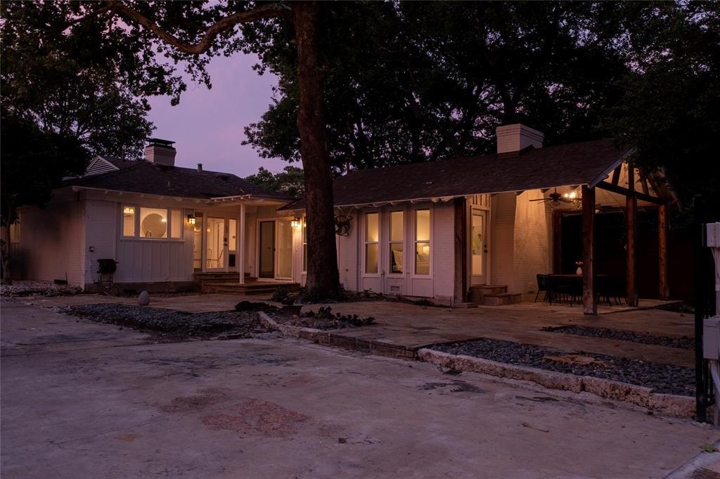 6602 Yosemite  Lane, Dallas, Texas 75214 - acquisto real estate best relocation company in america katy mcgillen
