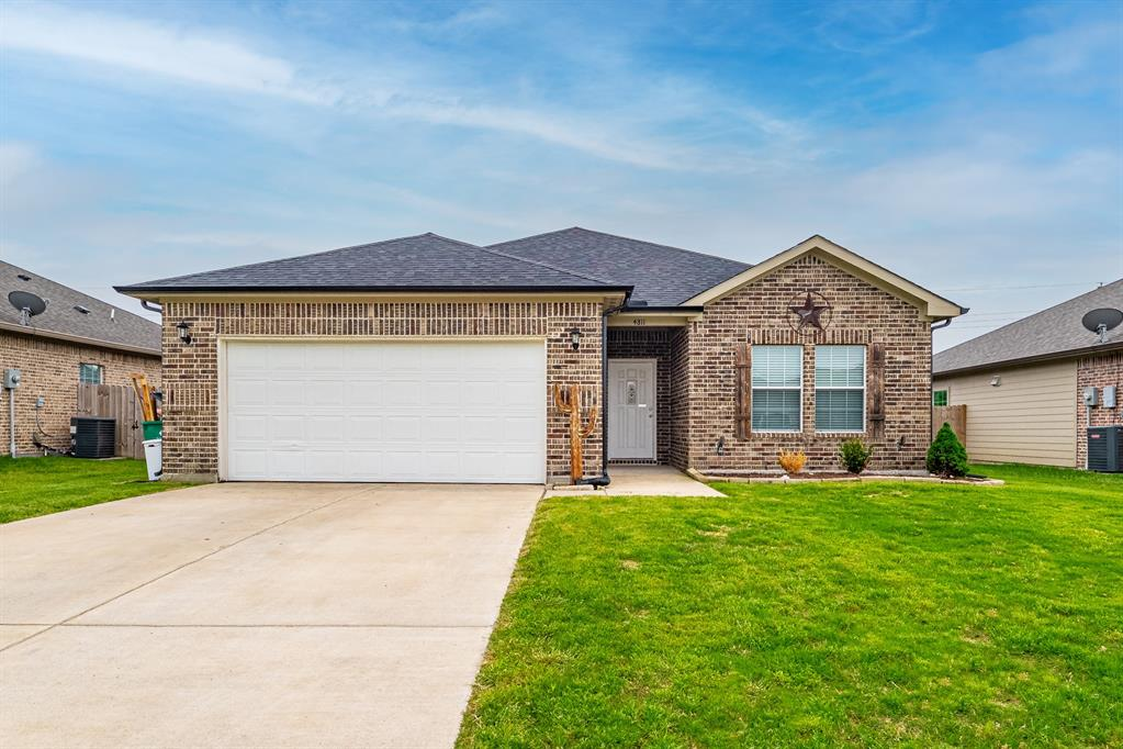 4811 Henry  Street, Greenville, Texas 75401 - Acquisto Real Estate best plano realtor mike Shepherd home owners association expert