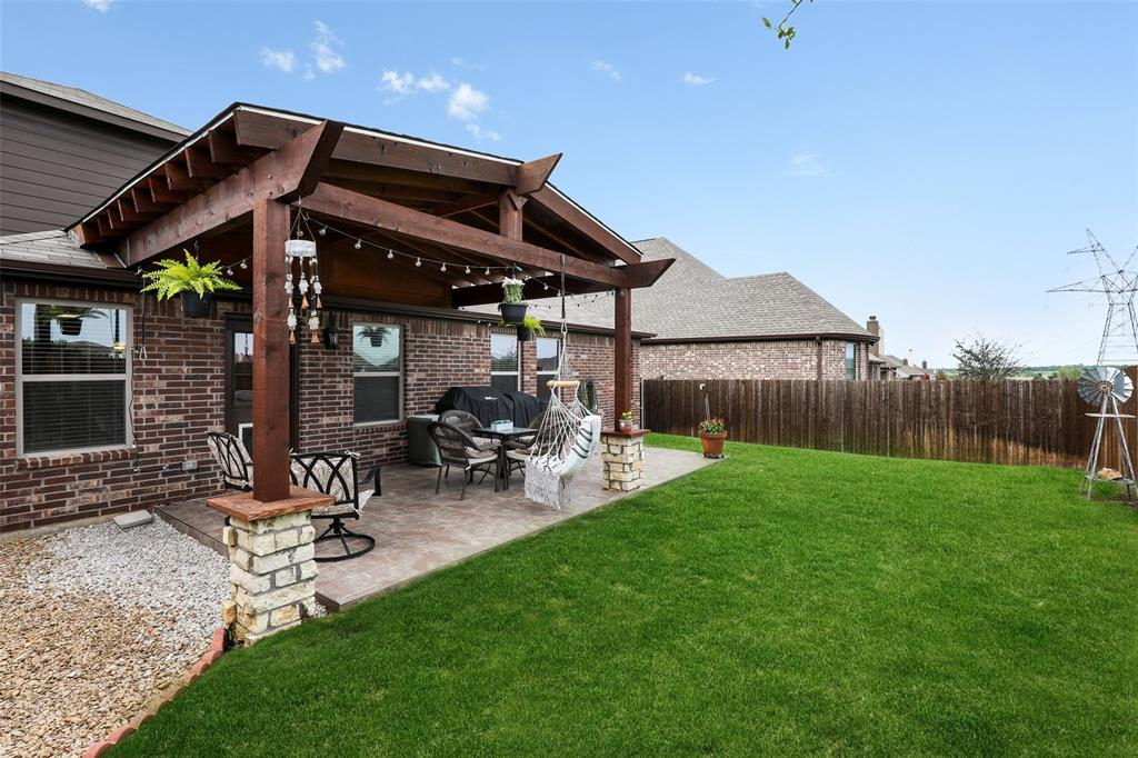3012 Bella Lago  Drive, Fort Worth, Texas 76177 - acquisto real estate best realtor foreclosure real estate mike shepeherd walnut grove realtor