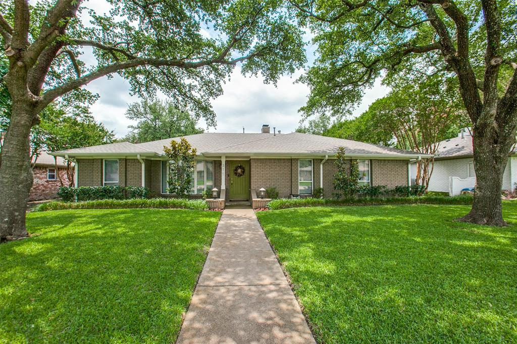 315 Woodcrest  Drive, Richardson, Texas 75080 - Acquisto Real Estate best plano realtor mike Shepherd home owners association expert