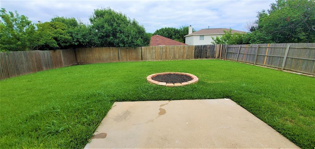 2324 Lookout  Lane, Denton, Texas 76207 - acquisto real estate best style realtor kim miller best real estate reviews dfw