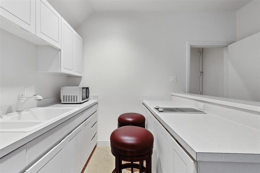 2224 Lakeridge  Drive, Grapevine, Texas 76051 - acquisto real estate best photo company frisco 3d listings