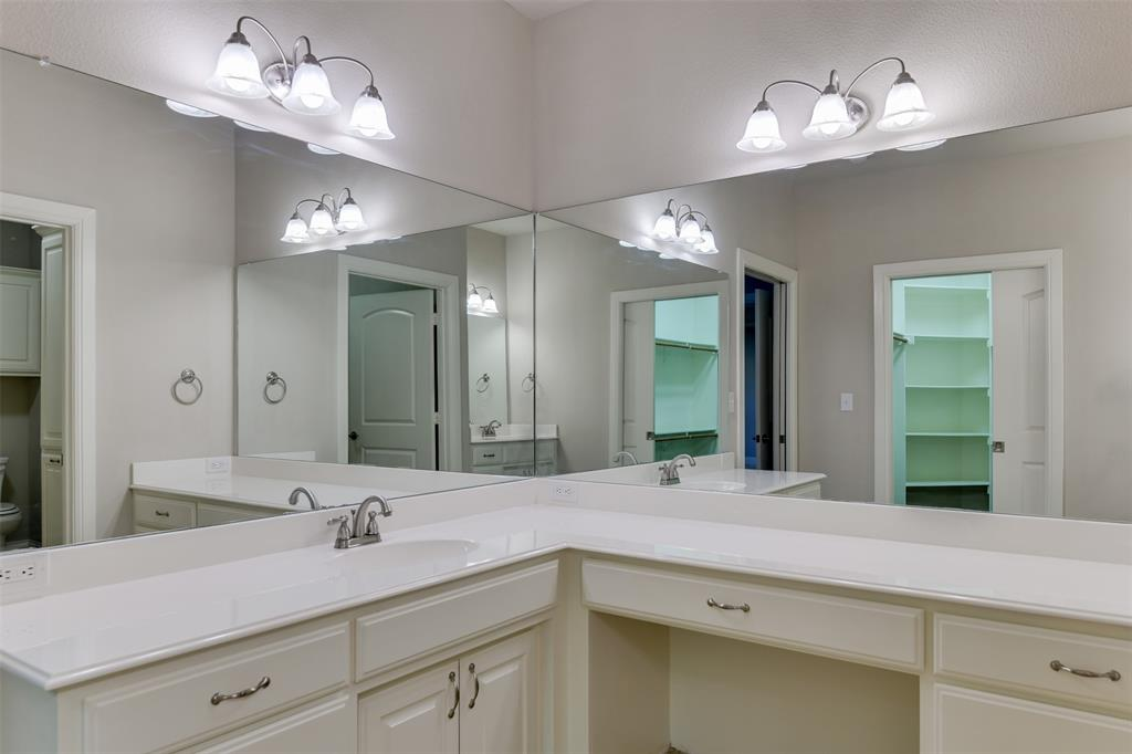 104 Terra Verde  Court, Waxahachie, Texas 75165 - acquisto real estaet best boutique real estate firm in texas for high net worth sellers