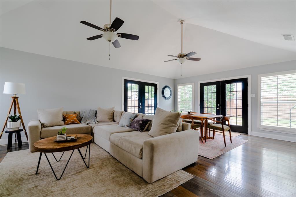3720 Grasmere  Drive, Carrollton, Texas 75007 - acquisto real estate best prosper realtor susan cancemi windfarms realtor