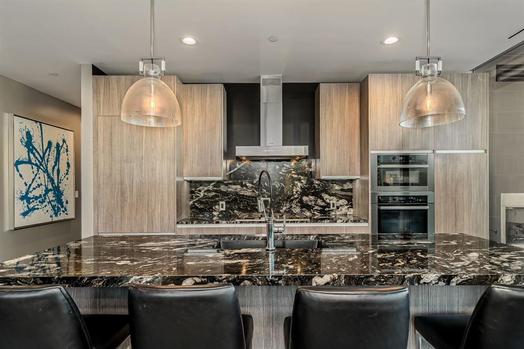 3130 Harwood  Street, Dallas, Texas 75201 - acquisto real estate best realtor westlake susan cancemi kind realtor of the year