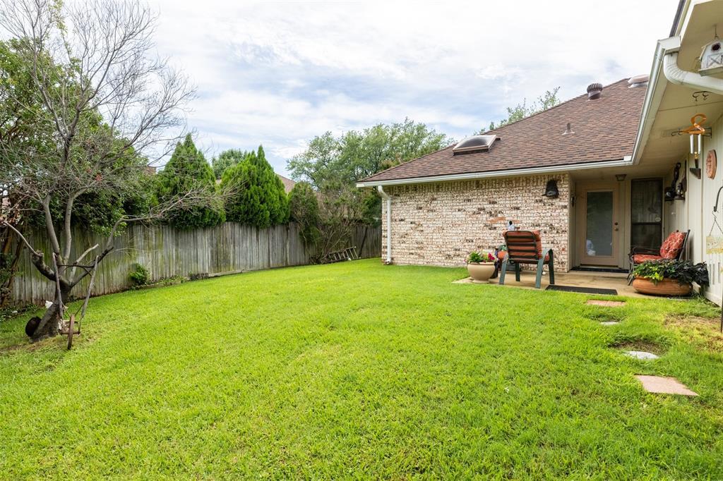 302 Barclay  Avenue, Coppell, Texas 75019 - acquisto real estate best luxury home specialist shana acquisto