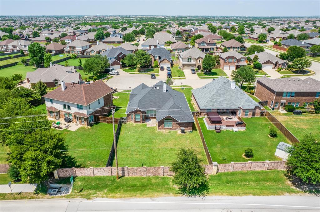 8104 Toltec  Court, Arlington, Texas 76002 - acquisto real estate best realtor dfw jody daley liberty high school realtor