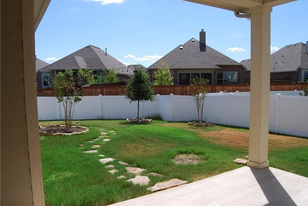 920 Caudle  Lane, Savannah, Texas 76227 - acquisto real estate best realtor foreclosure real estate mike shepeherd walnut grove realtor