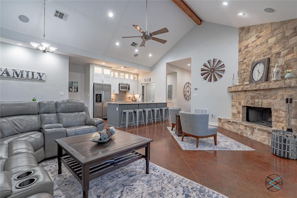 124 Robin Hood  Way, Gun Barrel City, Texas 75156 - acquisto real estate best prosper realtor susan cancemi windfarms realtor