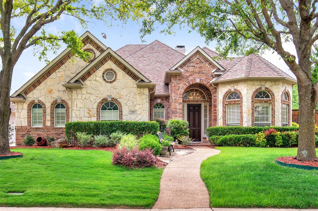 3121 Ashwood  Court, Richardson, Texas 75082 - Acquisto Real Estate best plano realtor mike Shepherd home owners association expert