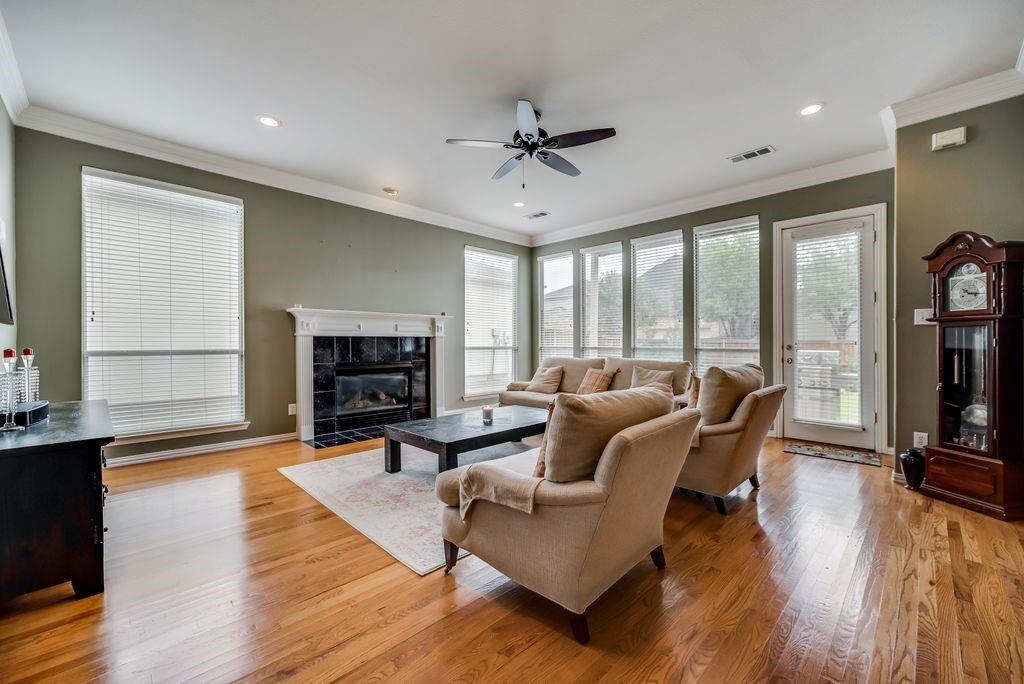 3341 Kendall  Lane, Irving, Texas 75062 - acquisto real estate best allen realtor kim miller hunters creek expert