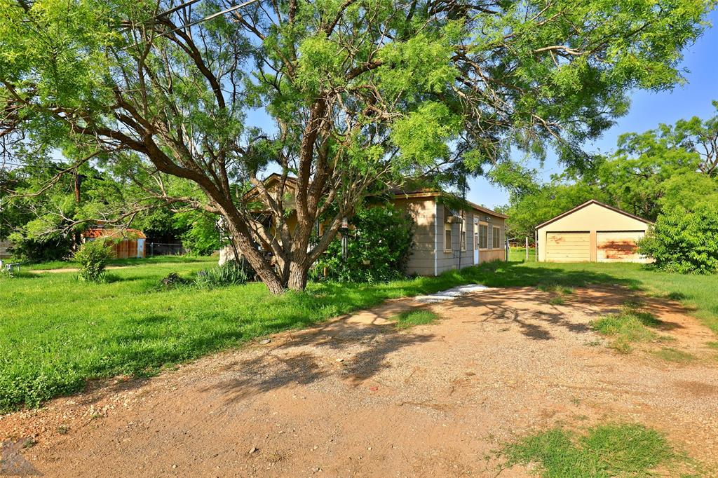 813 Orient  Street, Stamford, Texas 79553 - acquisto real estate best realtor westlake susan cancemi kind realtor of the year