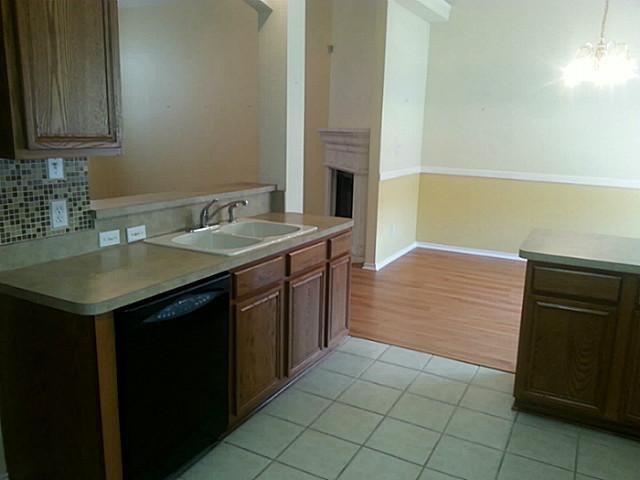 4537 Badlands  Drive, Fort Worth, Texas 76179 - acquisto real estate best allen realtor kim miller hunters creek expert