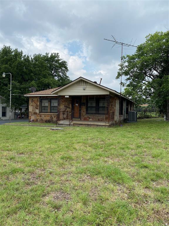 2017 Eden  Avenue, Haltom City, Texas 76117 - Acquisto Real Estate best plano realtor mike Shepherd home owners association expert