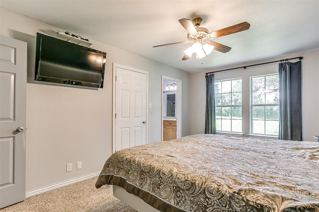 1107 6th  Street, Springtown, Texas 76082 - acquisto real estate best photos for luxury listings amy gasperini quick sale real estate