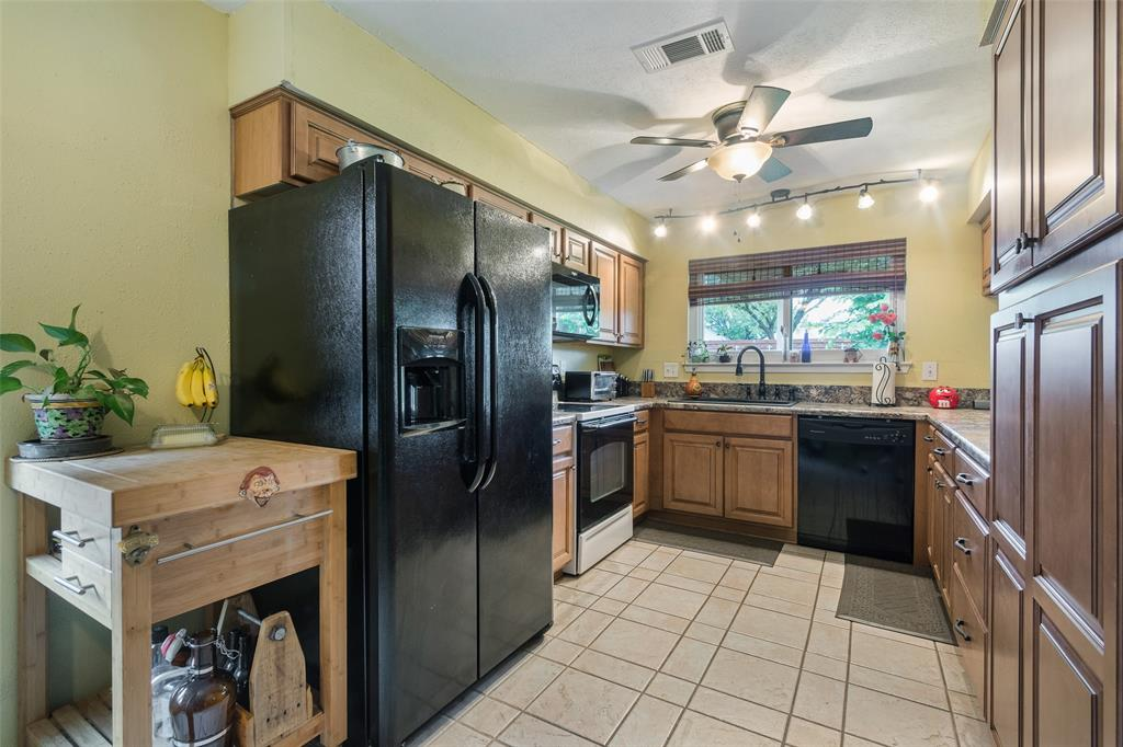 1102 Heiden  Court, Flower Mound, Texas 75028 - acquisto real estate best real estate company in frisco texas real estate showings