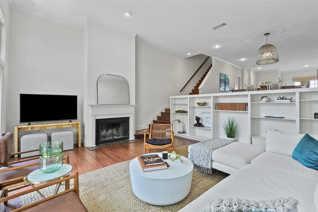 3509 Dickason  Avenue, Dallas, Texas 75219 - acquisto real estate best real estate company in frisco texas real estate showings