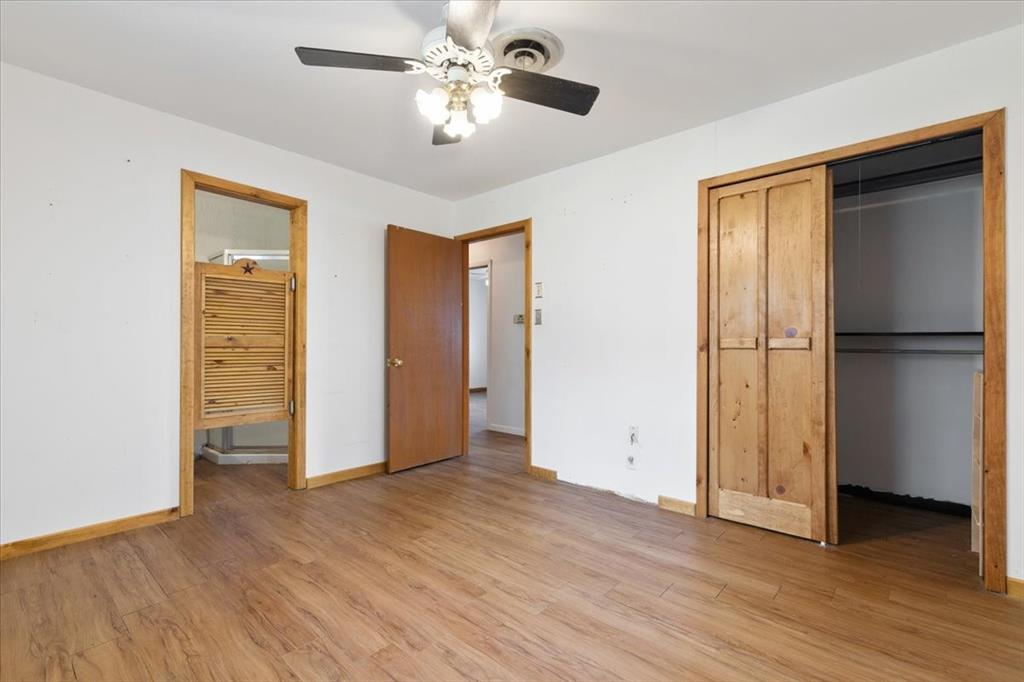 1410 Nugent  Street, Bowie, Texas 76230 - acquisto real estate best luxury buyers agent in texas shana acquisto inheritance realtor
