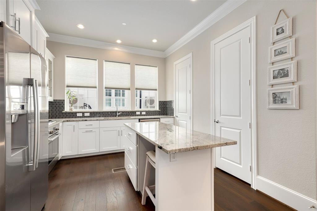 7333 Valley View  Lane, Dallas, Texas 75240 - acquisto real estate best highland park realtor amy gasperini fast real estate service