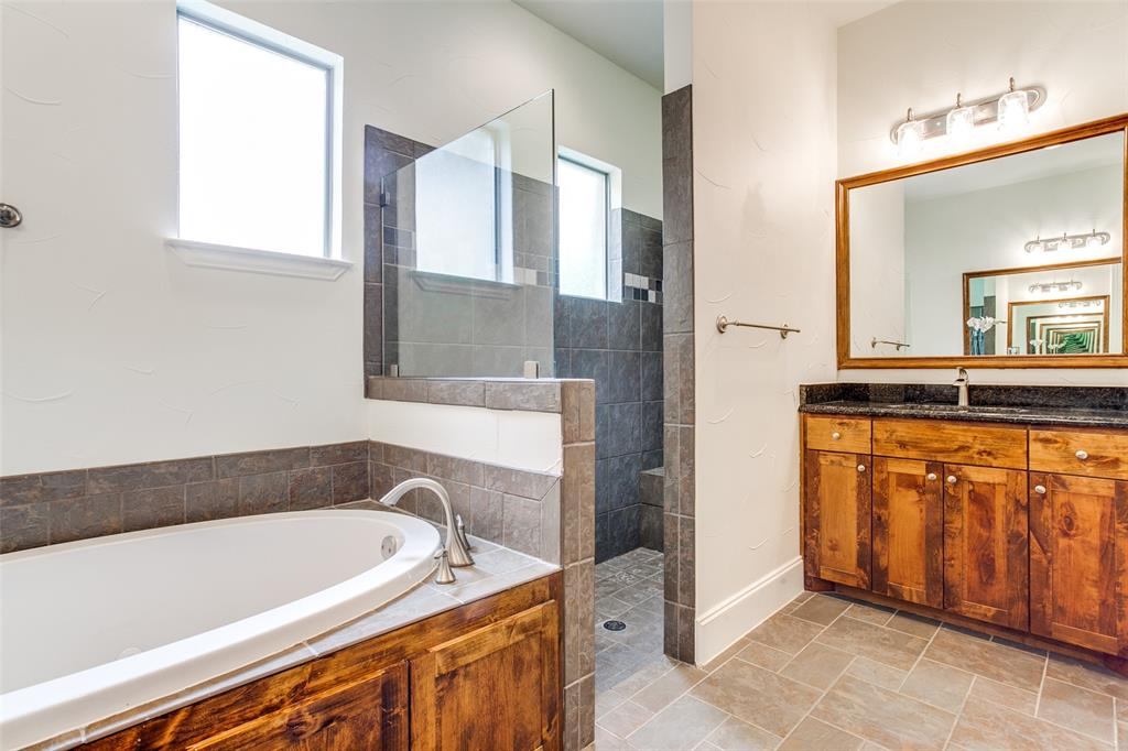 8440 Drop Tine  Drive, Fort Worth, Texas 76126 - acquisto real estate best photos for luxury listings amy gasperini quick sale real estate