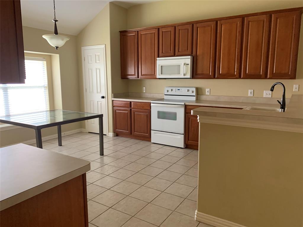 1721 Woodstream  Lane, Allen, Texas 75002 - acquisto real estate best allen realtor kim miller hunters creek expert